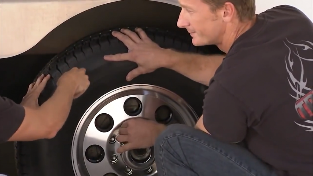 What Size Trailer Tire Do I Need?